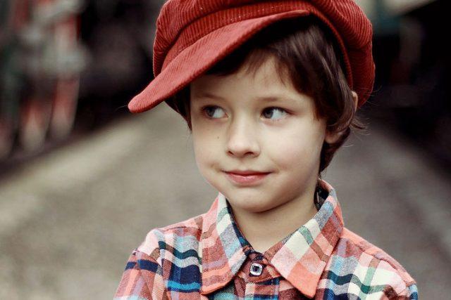Cute Boy Red Cap 1280x480 640x427