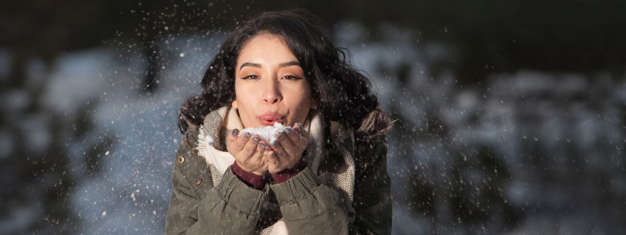 Woman20Blowing20Snow201280x480_preview1.jpeg