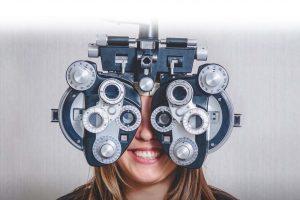 How do I find an eye doctor near me