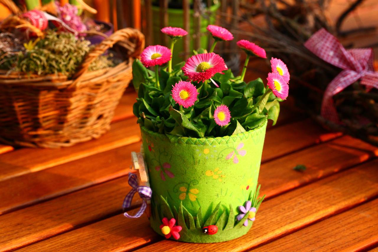 Bright-Colored-Flower-Bucket-1280x853