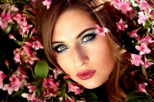 Female Pretty Eyes Flowers | Eye care optics