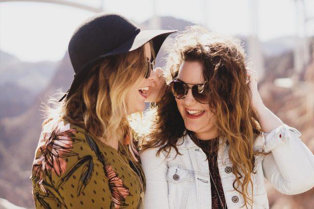 Girls Sunglasses Friends 1280 x 853