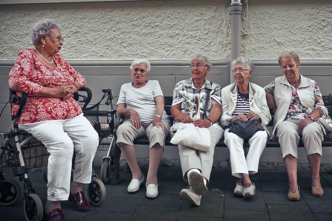 Senior Women Sitting 1280×853