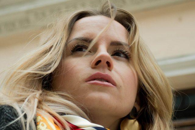 Woman Blond Closeup 1280×853