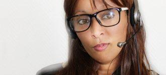 Woman Headset Glasses 1280x853 330x150