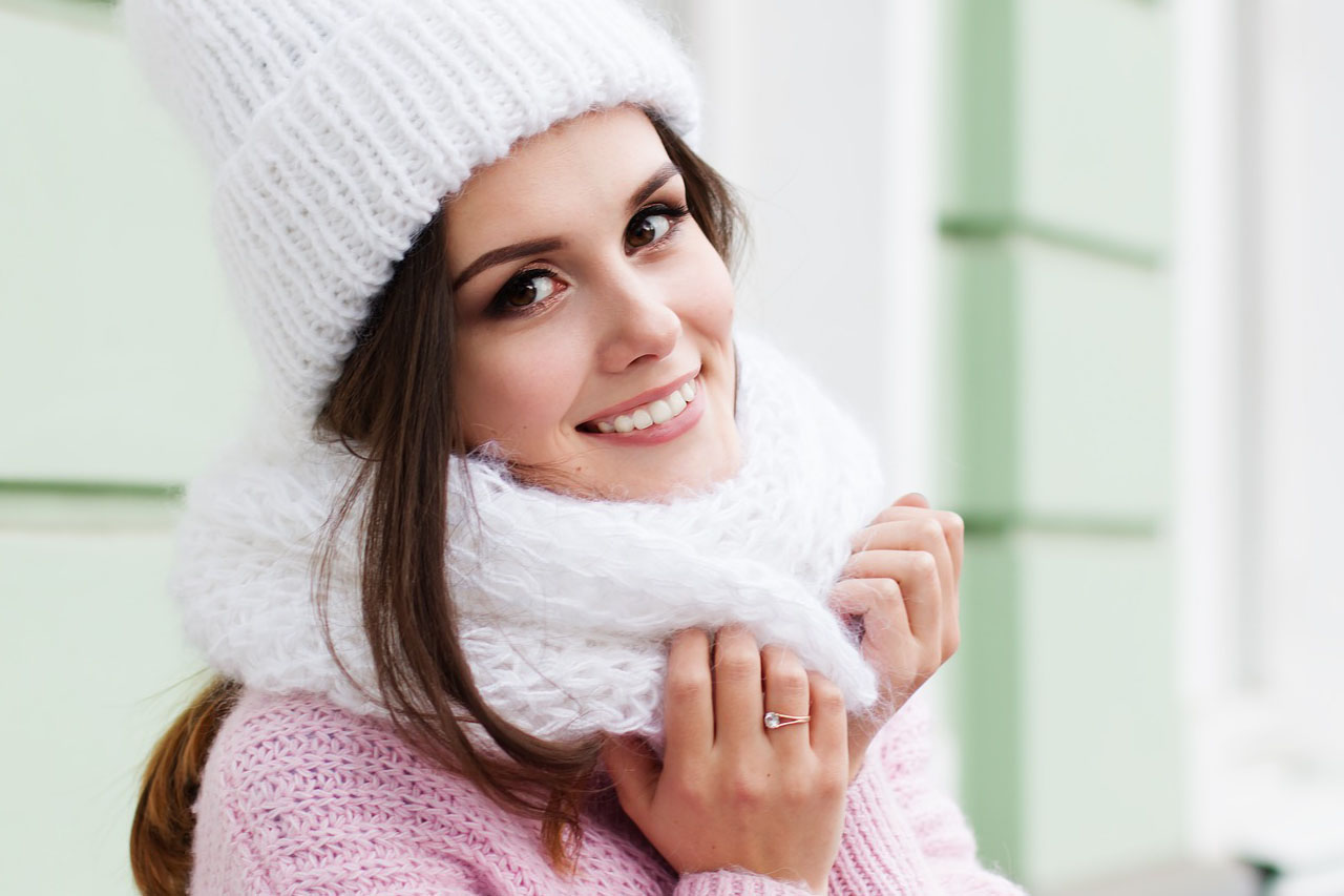 Woman Smiling Scarf Hat 1280x853