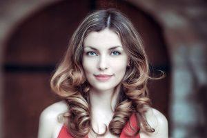 Woman Smiling Pretty 1280x853