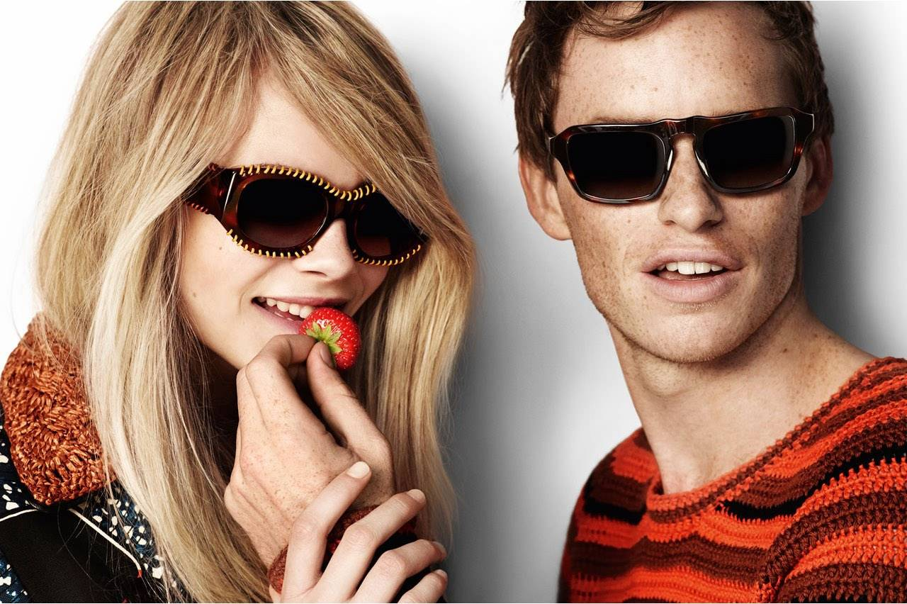 brands burberry sunglass strawberry couple