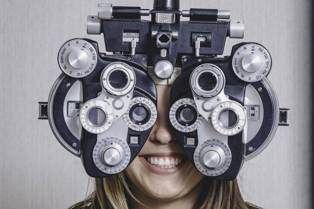Woman enjoying eye exam in Richmond Hill