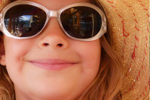 sunglasses child girl's face