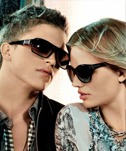 Armani Exchange Ad