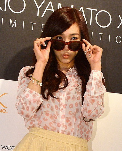 Woman wearing Kio Yamato sunglasses