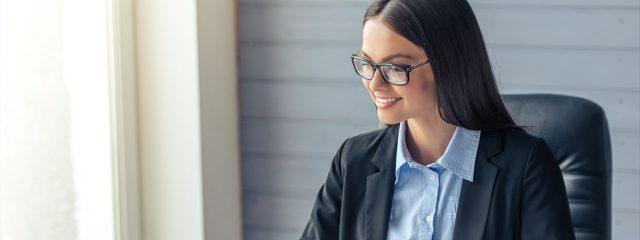 Business Woman wearing glasses - dry eye alpha, nj