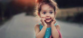 Cute Child With Handbag 1280x480 330x150