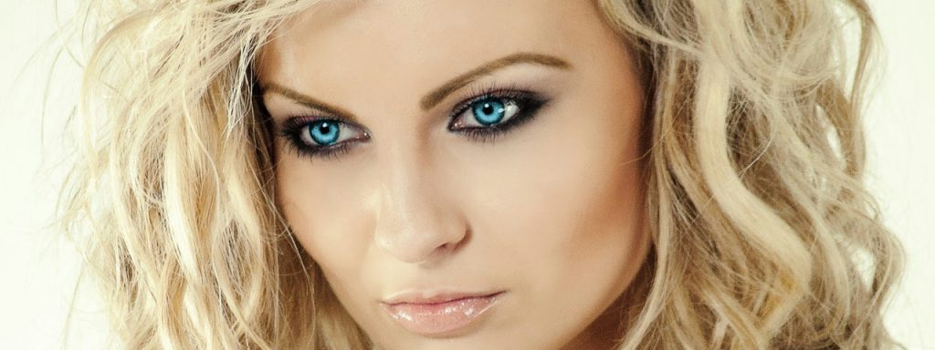 Femal Face Closeup Blue Eyes 1280x480