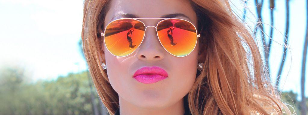 Female Sunglasses Reflection 1280x480