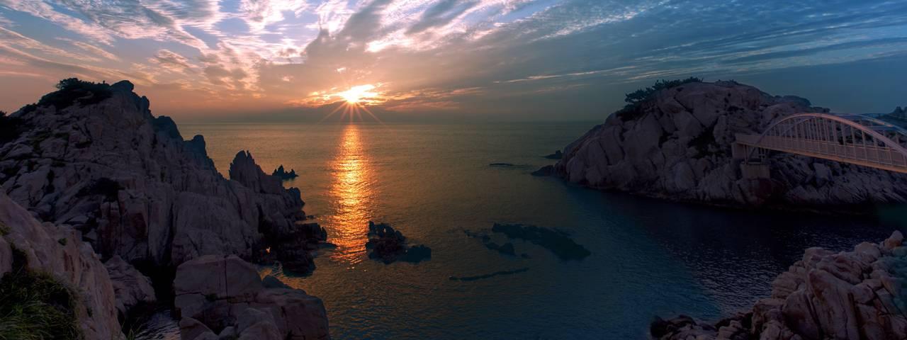 Mountains-Bridge-Sunset-Water-1280x480