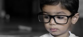 Young Child Big Glasses 1280x480 330x150