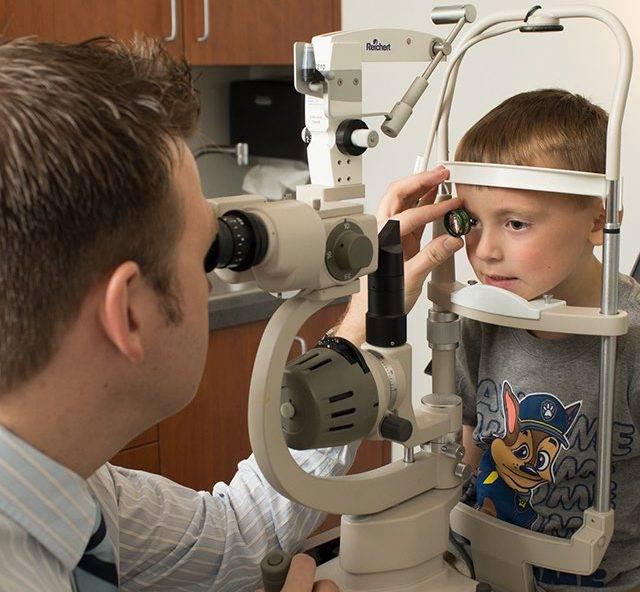 child getting eye exam in texarkana