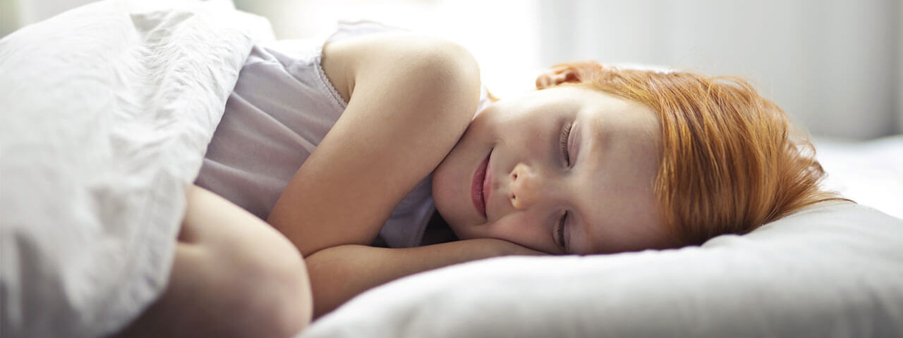 Safe Way to Sleep in Contact Lenses