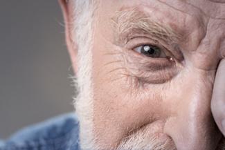 Eye care, senior with Macular Degeneration in Houston, TX