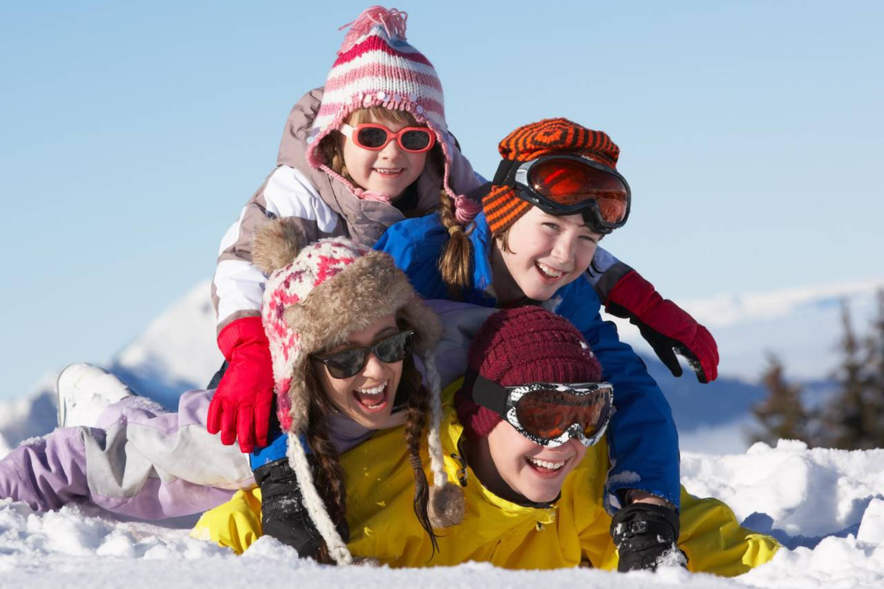 family sunglasses winter 1280×853