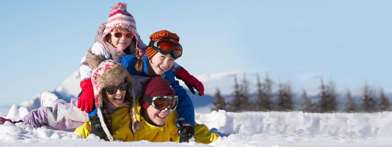family_sunglasses_winter_1280x480