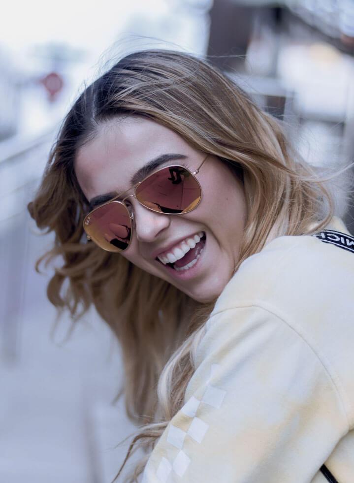 girl-blonde-glasses-smile-laugh