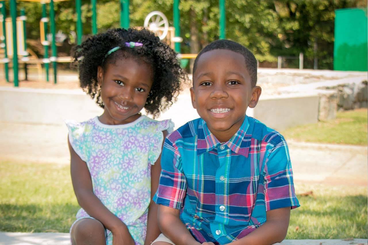 Children with keratoconus playing