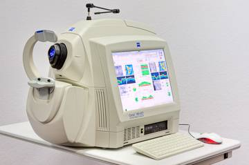 retinal scanning Zeiss_Machine_1