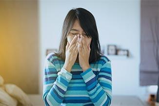 Eye exam, Woman With Allergy Symptoms in Columbus, Ohio