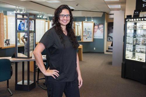 Jennifer, Doctor's Assistant