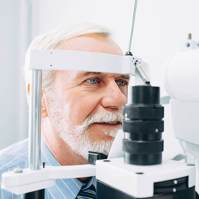 Senior Patient Eye Exam 640.jpg