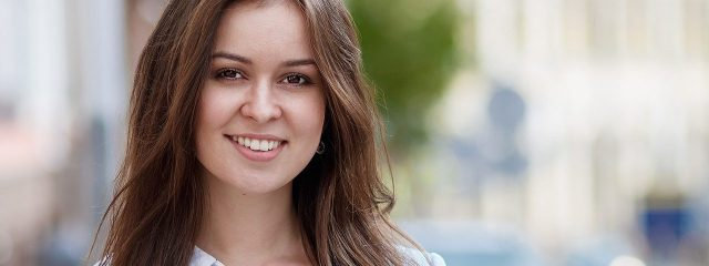 Girl Smiling Brown Hair 1280×480