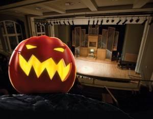 10 31 15 Halloween Organ 300x233