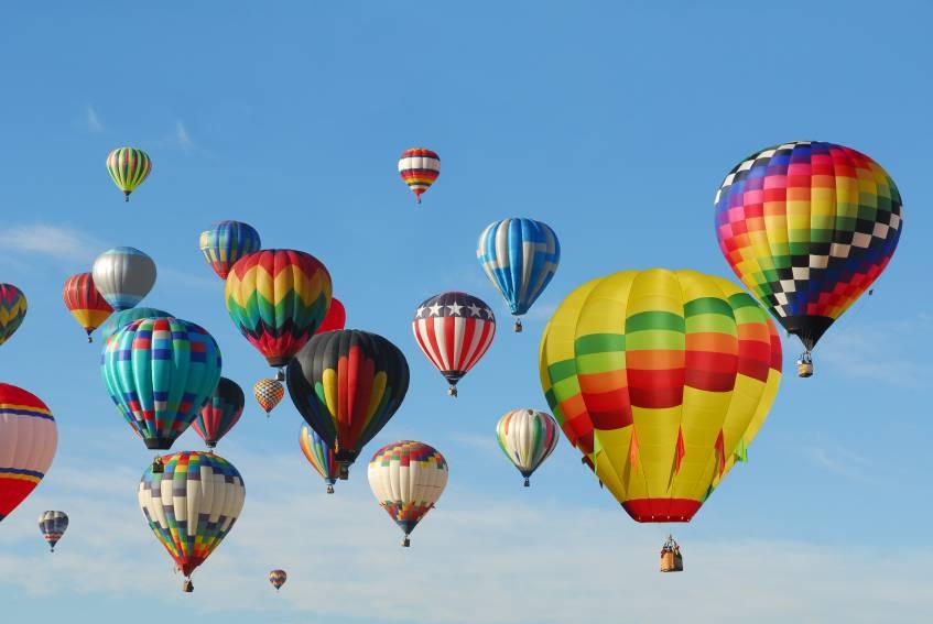 204 iStock 000020670975 balloons