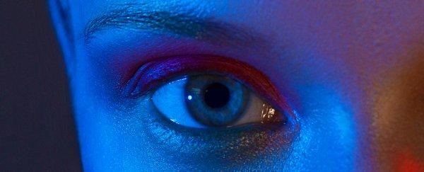 blue light eye
