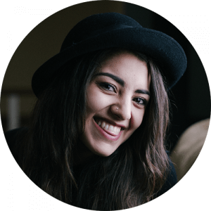smile-woman-dark-hat-bkgnd-300x300.png