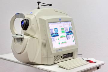 retinal scanning Zeiss_Machine_1