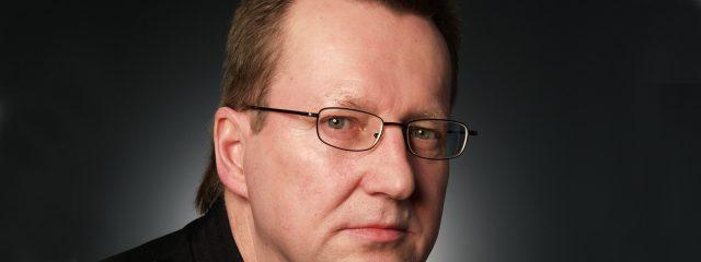 Optometrist, man wearing polycarbonate eyeglasses in Round Rock, TX