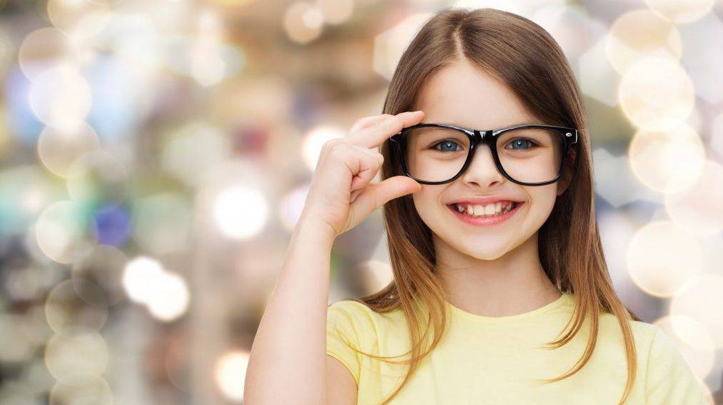 Girl in glasses in worthington and columbus