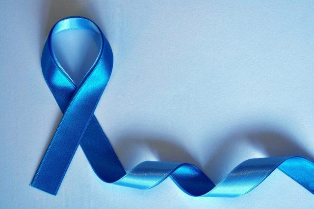 Blue-Ribbon-Awareness-for-Diabetes-Eye-Care-650x350-1024x683-640x427