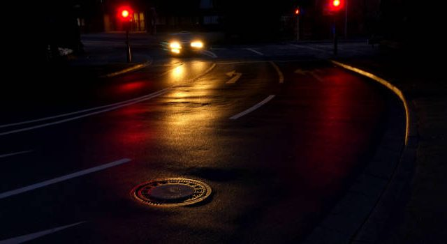 Driving-When-Suffering-from-Night-Blindness-650x350-640x350
