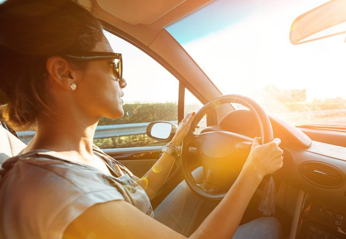 SunSync Drive XT WomanDrivingSunlight wL 700×484