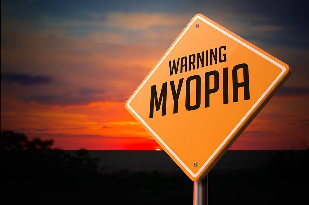 myopia_78186069