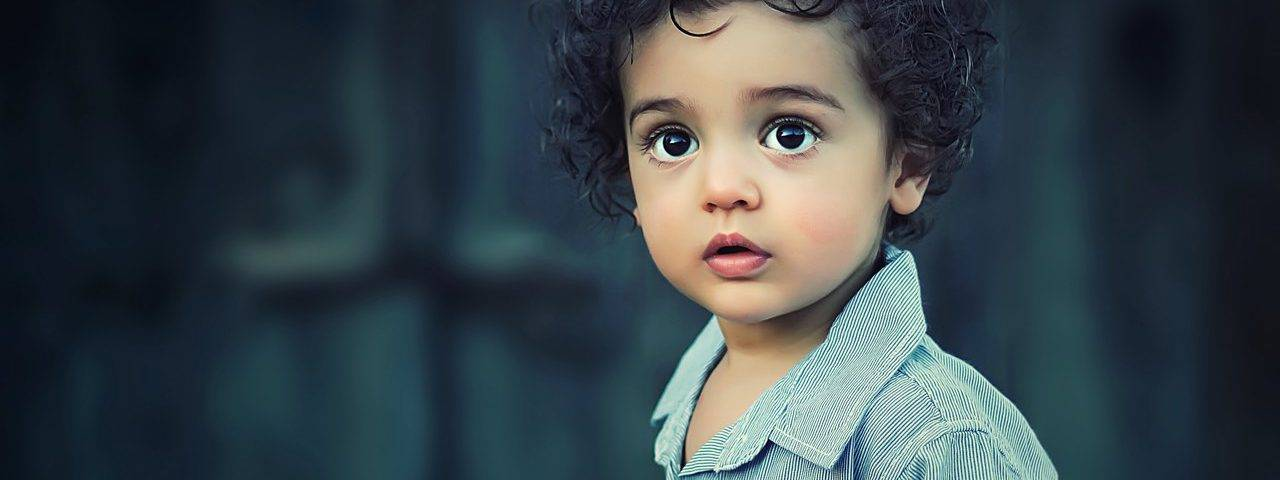 bg boy 2yrs amazed beautiful curls 1280x480