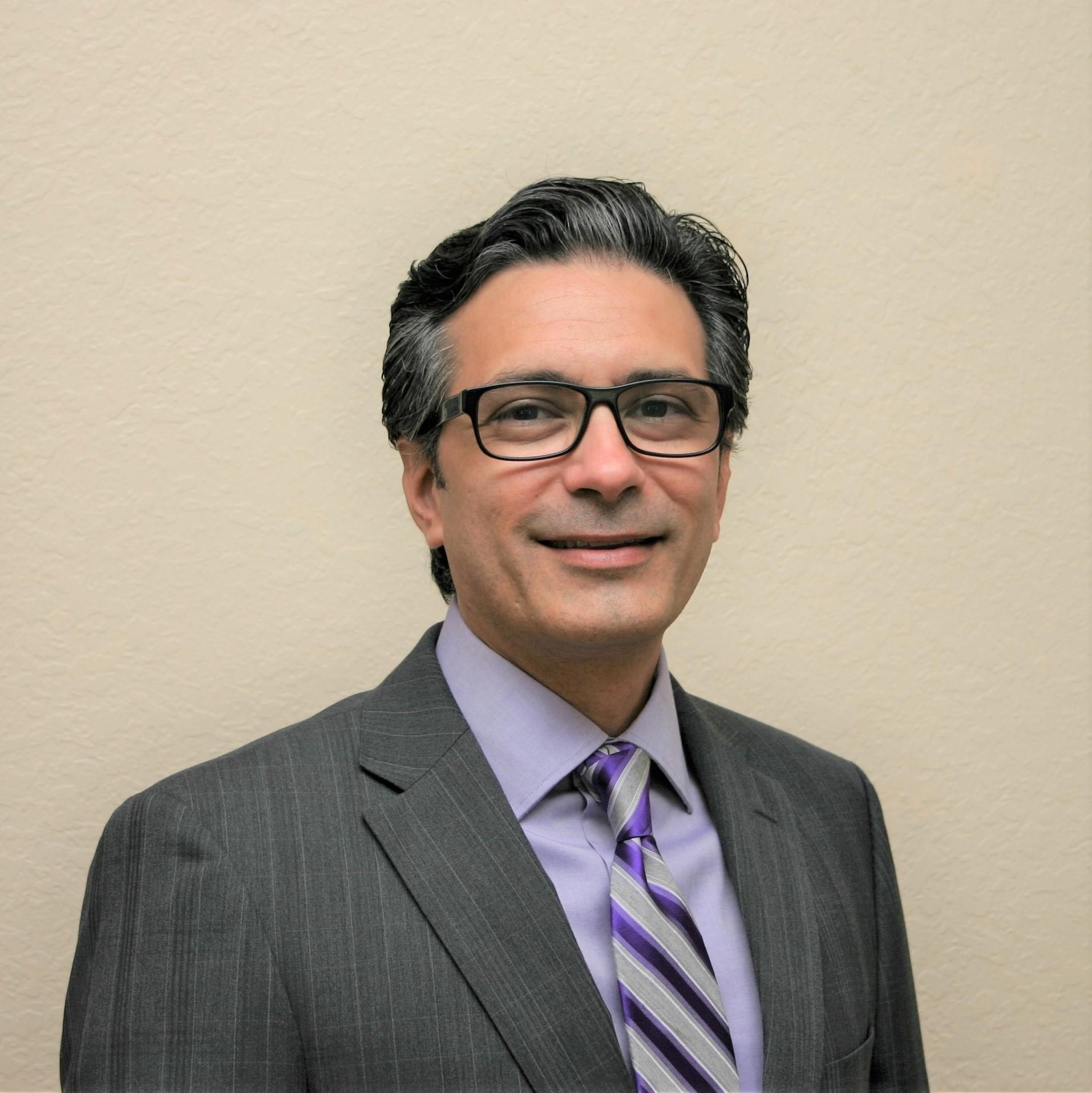 Dr. Michael Valle, OD