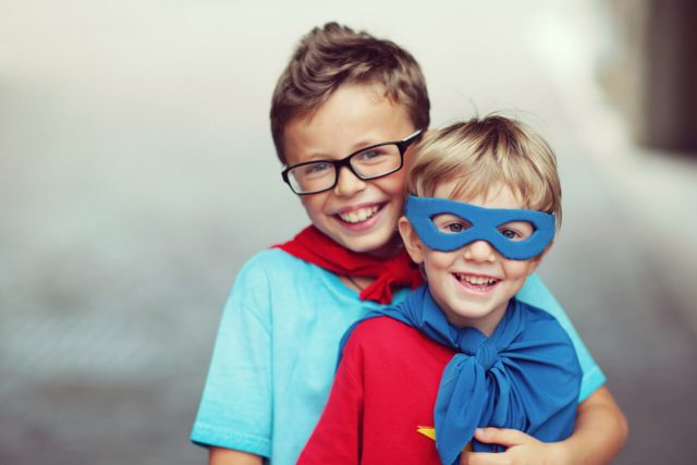 family eye exams and contact lens exams in gilbert arizona with our eye doctor/optometrist Dr Woolf