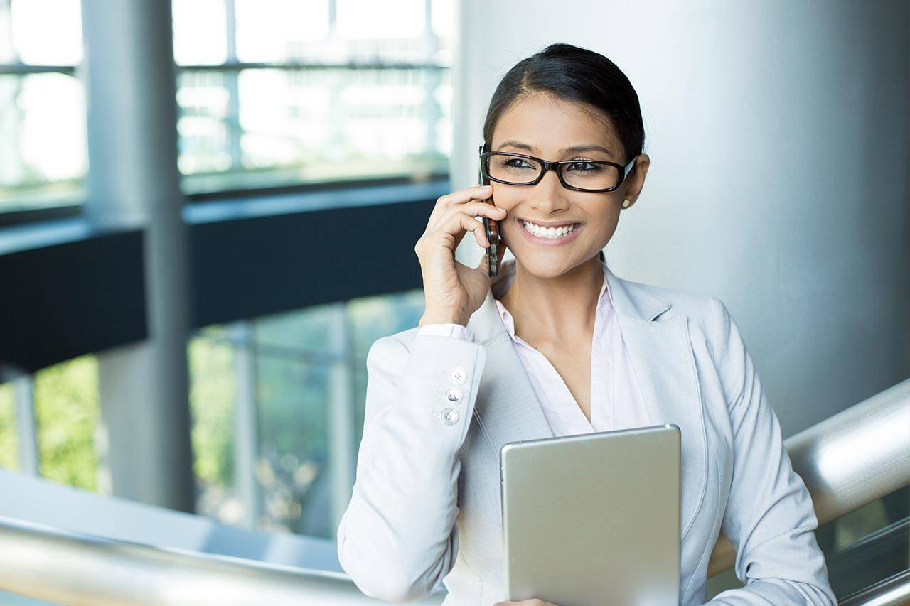 glasses-business-woman-technology