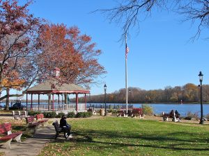 Delaware River Bristol
